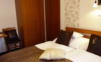 Ubytování Valtice - penzion Réva postel